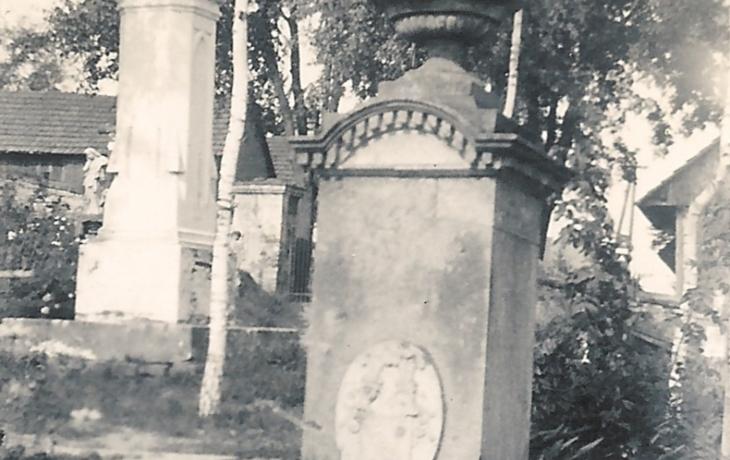 Březolupy oživí hrob rytíře z Holle