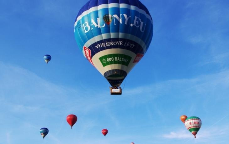 Balonový festival rozzáří Břestek