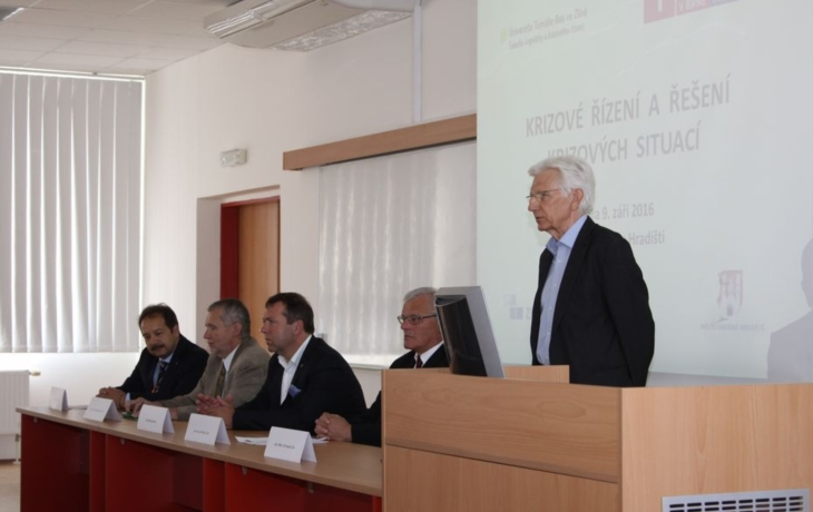 Konferenci o krizovém řízení hostilo Uherské Hradiště