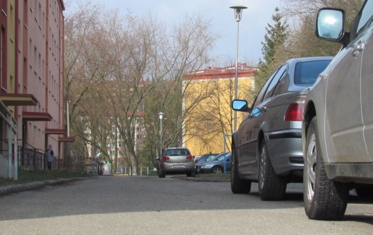 Parkování získá dalších 34 aut. Ale stále to nestačí