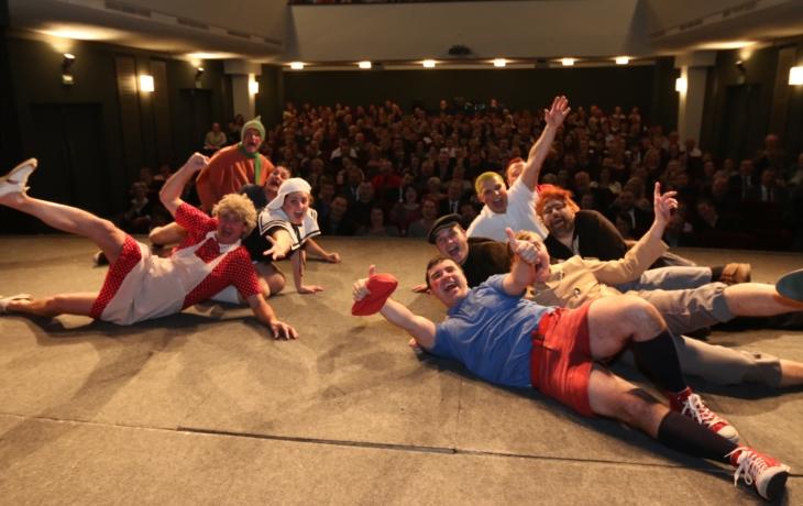 Slováckému divadlu hrozí stěhování do areálu kasáren!