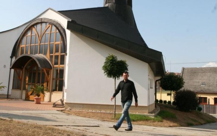Podolí řeší nedůstojný přístup ke kapli