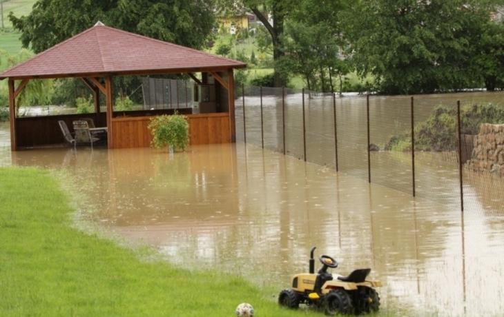 Potok Holomňa hrozí záplavami