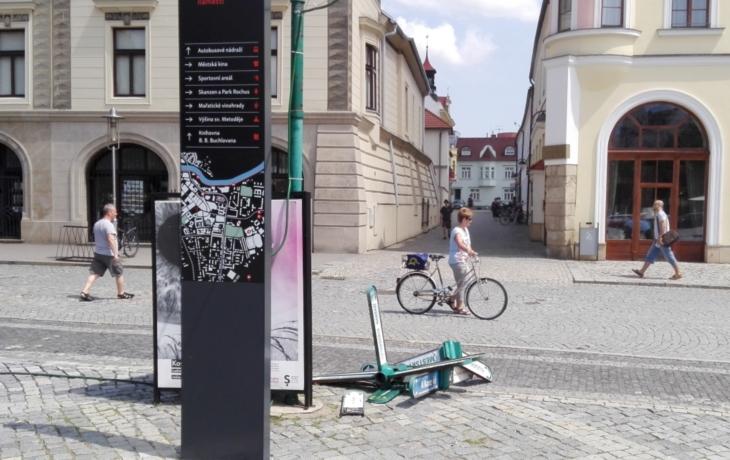 Turisté už v Hradišti nezabloudí, město spouští nový navigační systém