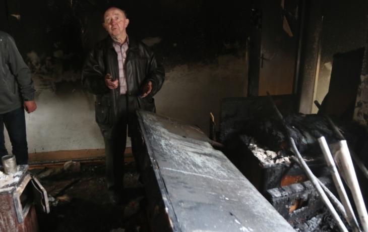Vyhořelý dům straší sousedy. Torzo se dalo do pohybu!