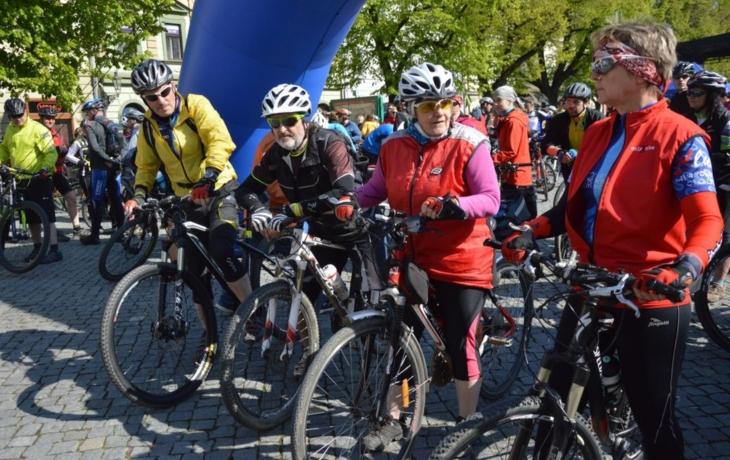 Cyklisté odstartovali na vinařské stezky