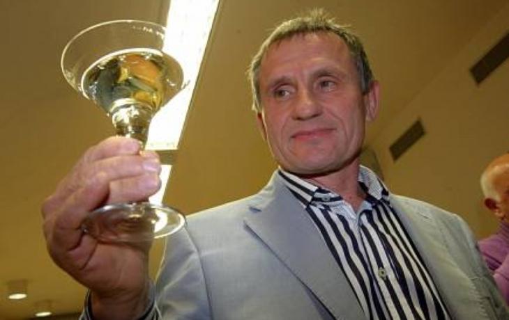 Krajská vláda: ČSSD, Zemanovci, lidovci?