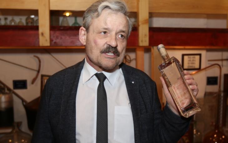 Opozice nepodpoří Frolce, sedí na dvou židlích jako starosta