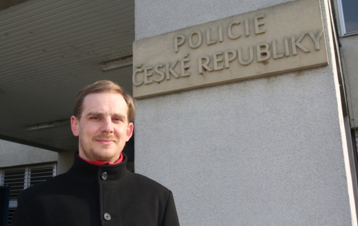 Odsouzený policista: Ženu bych připoutal znovu! Ne kvůli mstě, ale ze strachu, že si ublíží.