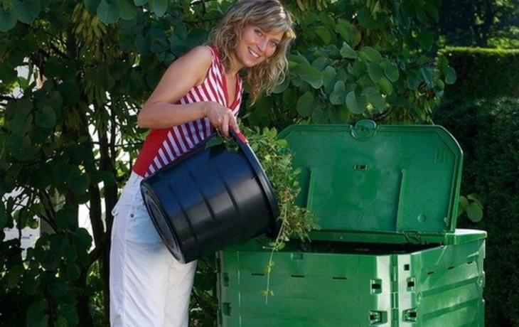 V Nezdenicích rozdávali pokyny, jak správně kompostovat