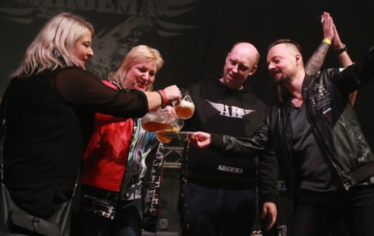 Argema křtila jarošovským pivem