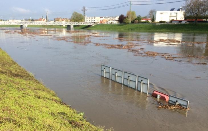 Morava kulminovala, voda v korytu půjde dolů!