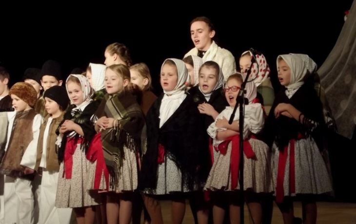 Zimní radovánky si užili i na pódiu
