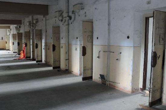 Muzeum totality zaplní samotky i kapli. Nádražní zeď půjde k zemi