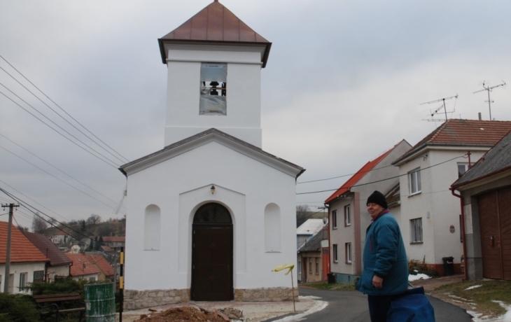 Historickou tvář vrací kapli fotografie