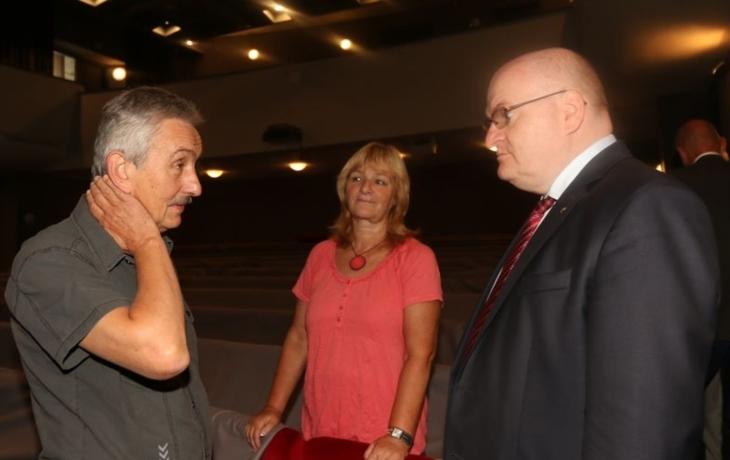 Ředitele divadla překvapil ministr Herman