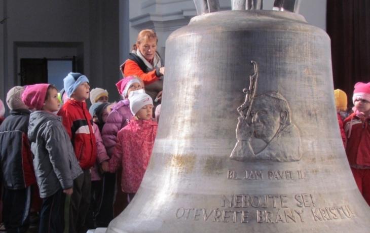 Zvony jsou atrakcí Veselí