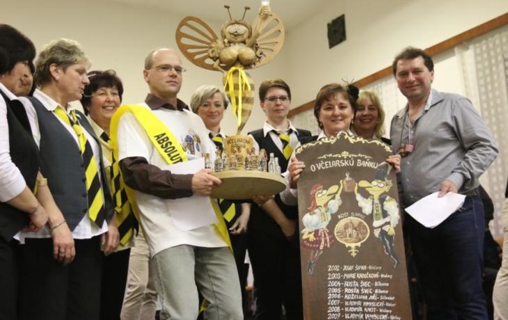 Po 15 letech vytáhl trumf a vyhrál Včelarskou baňku!