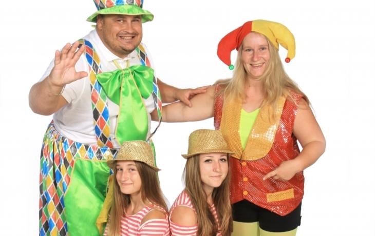 Kačule vyrazila se svým týmem na karnevaly