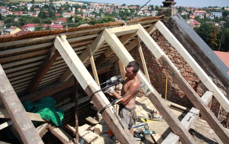 Záchrana památky pokračuje, ještě chybí 400 tisíc na střechu
