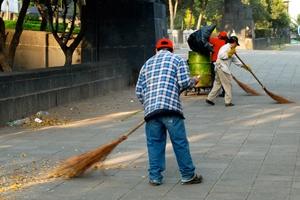 Hradišťské ulice uklidí pomocníci z Otrokovic