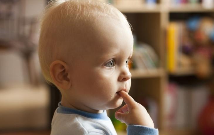 Baby boom nebere konce, dál se zvyšuje i věk rodiček