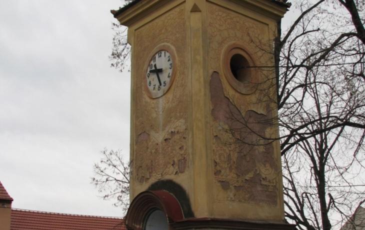 Zvoničku opravují po sto letech