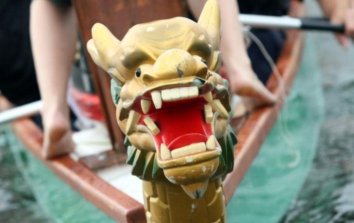 Sedmá velmoc opět v dračí lodi