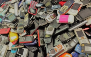 Sběr starých mobilů…