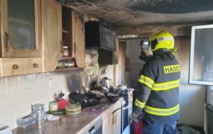 Z hořící kuchyně…